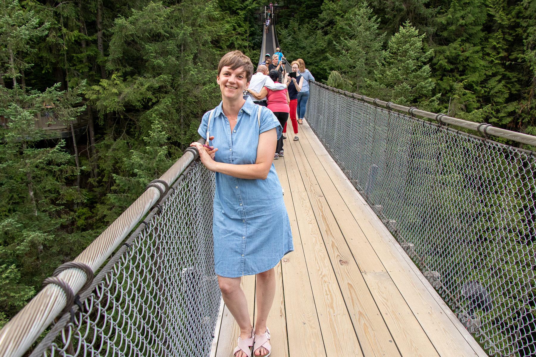 Ein Gang über die Capilano Suspension Bridge ist eine ganz schön wacklige Angelegenheit. Aber: Es macht auch wahnsinnig viel Spaß.