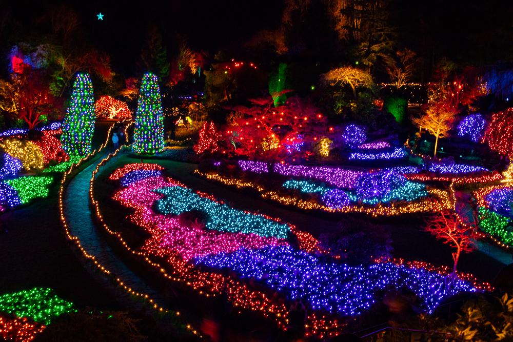 In der Weihnachtszeit sind die Butchard Gardens ein Lichtermeer.