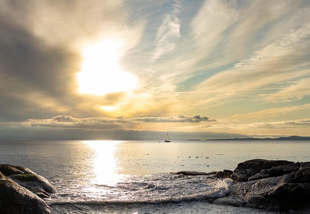 Sonnenuntergang an der Küste vor Mile 0.