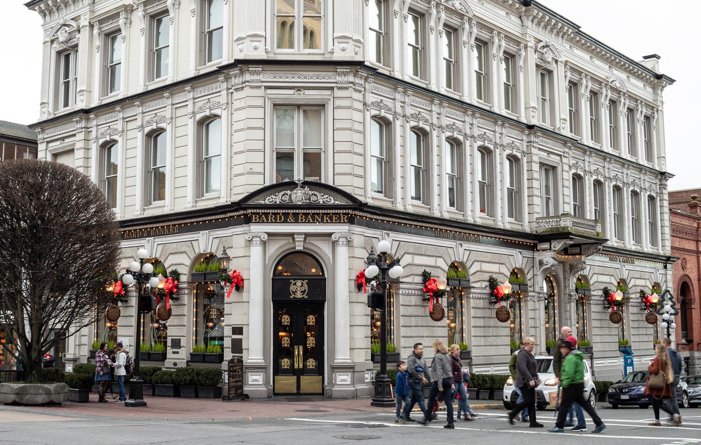 Downtown Victoria ist zur Weihnachtszeit besonders schön geschmückt.