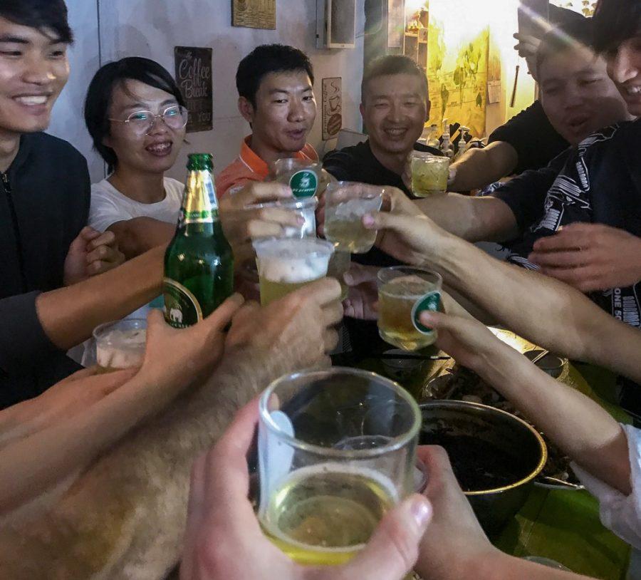 Mit Ganbei, Chiyo und Prost stoßen wor auf den Beginn des neuen Jahrs der Ratte an.